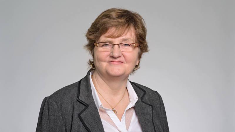 Annie Fouvy-Becker Mitarbeiterin Kundenservice