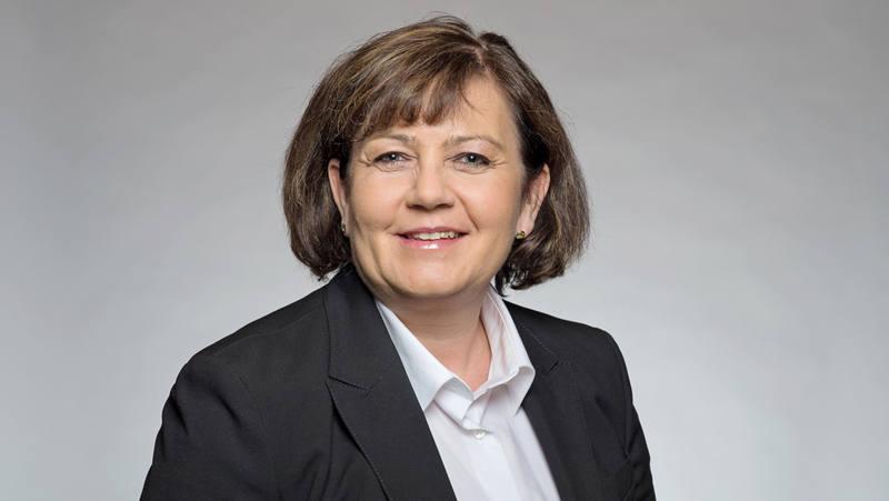 Gabriela Küng Client Advisor