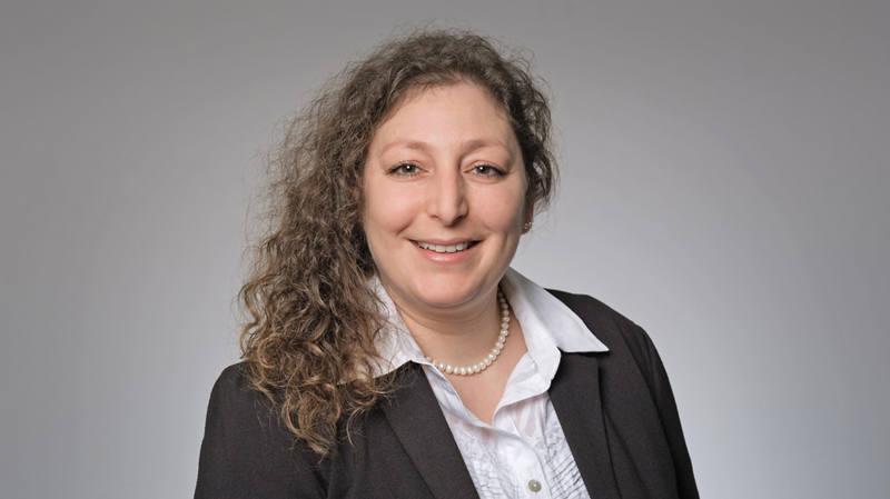 Sabine Tinguely Client Advisor