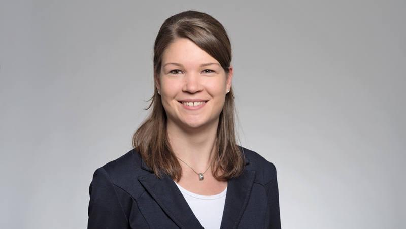 Nicole Eng Coll. du service-clientèle