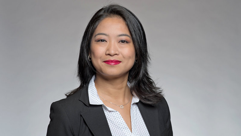 Jennifer Medina Client Advisor
