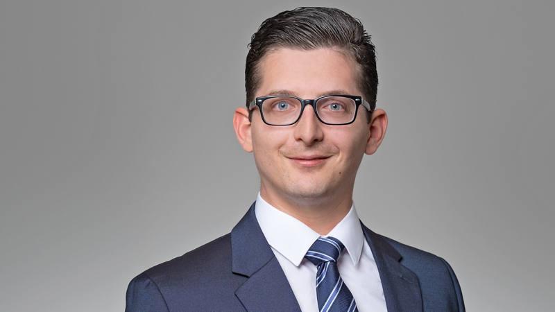 Simon Jungen Client Advisor