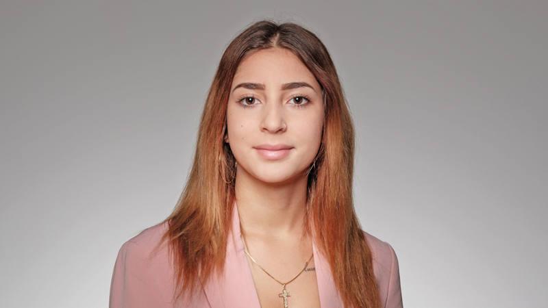 Laura Contini Mitarbeiterin Kundenservice