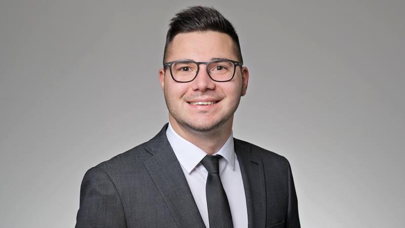 Matej Knezovic Kundenberater