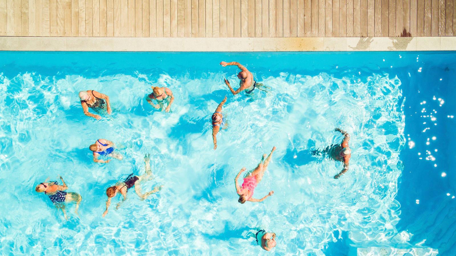 Aquafit: 4 einfache Übungen für den Badi-Besuch
