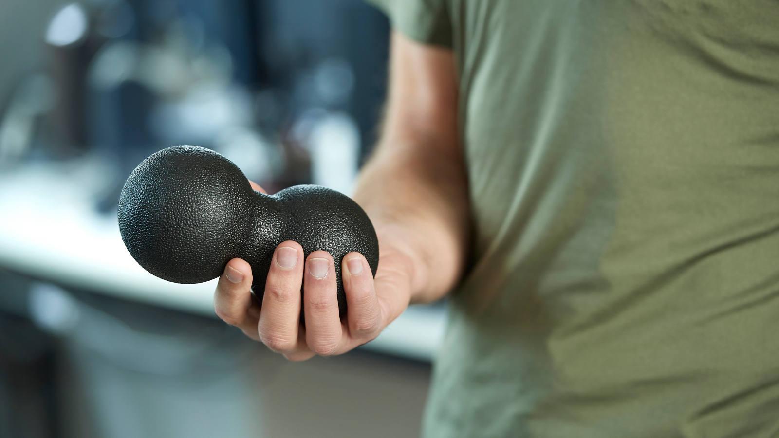 Duo-Faszienball: 5 Übungen gegen verspannte Muskeln
