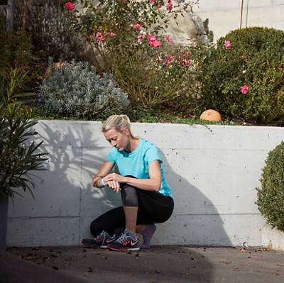 frau-smartwatch-joggen-32852.jpg