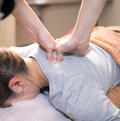 Frau in der Massage