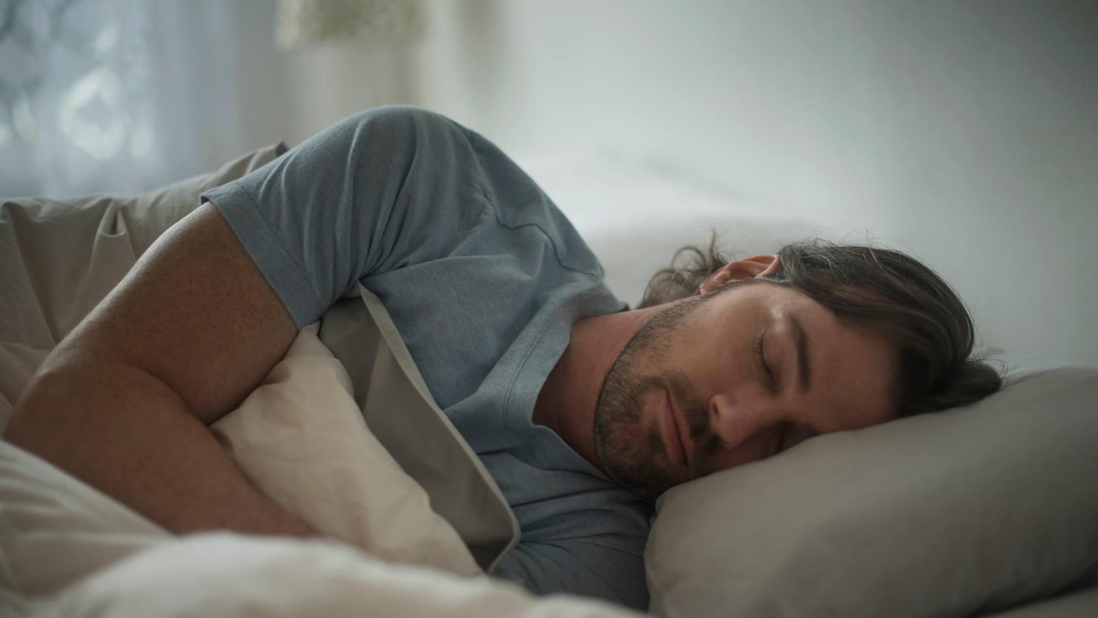 Melatonin & Co: Wie Schlafhormone auf uns wirken