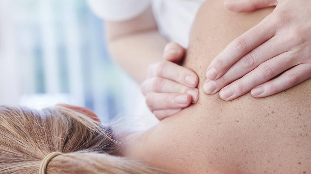 Tensions musculaires: 3 conseils pour moins de douleurs