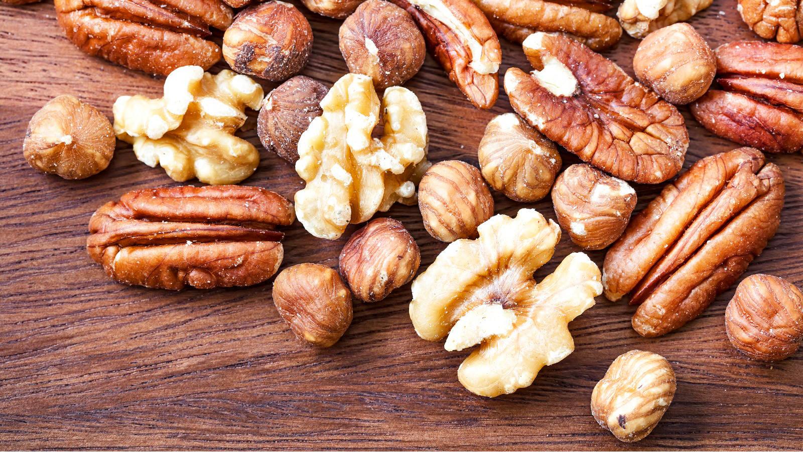 Nüsse enthalten gesunde Fettsäuren und Vitamine