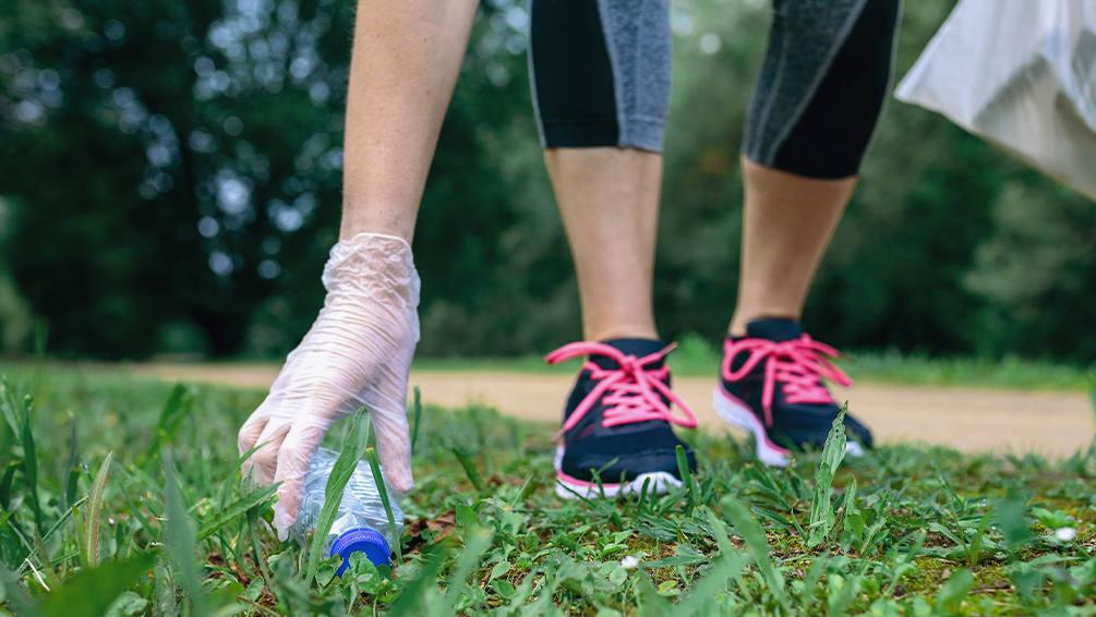 Le «plogging», une activité écolo-sportive